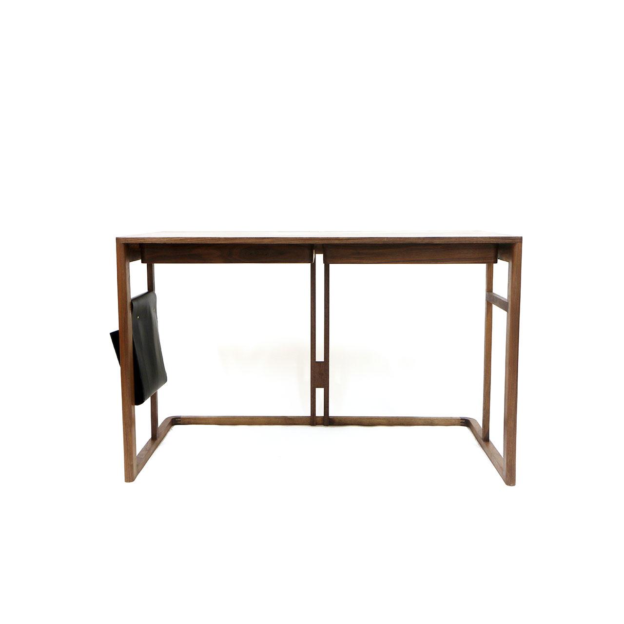 LOGGIA/Desk